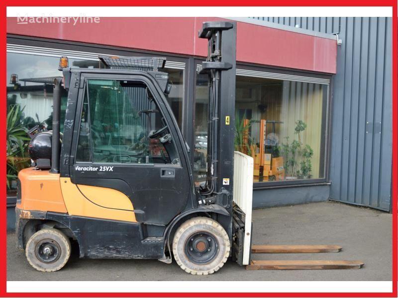 περονοφόρο όχημα YALE GLP25VX 2500 kg