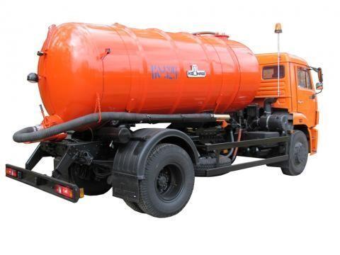 όχημα εκκένωσης βόθρων KAMAZ KO-529-13