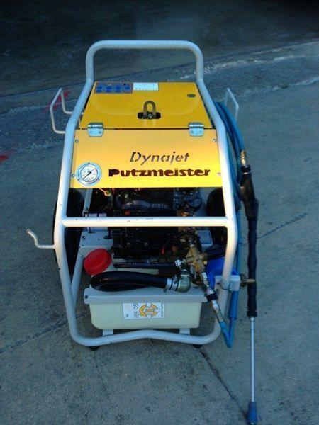 σταθερή αντλία σκυροδέματος PUTZMEISTER putzmeister dynojet (maquina auxiliar para el plegado de plumas