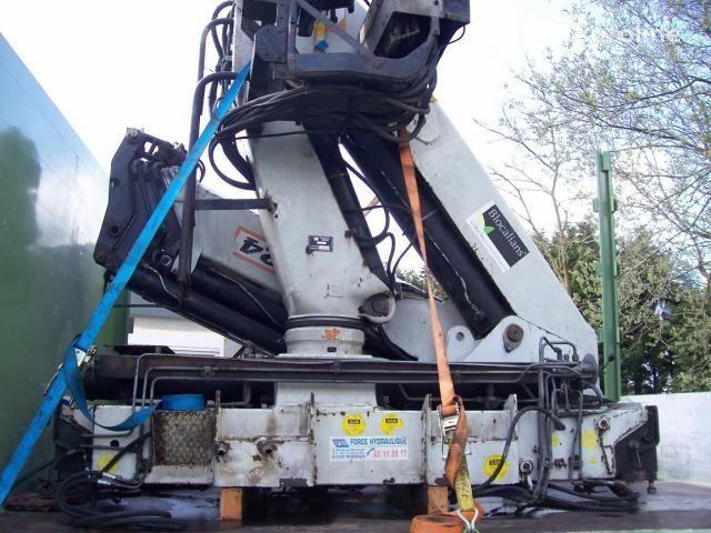 γερανοφόρο φορτηγό PM - 31024 (Italiya)
