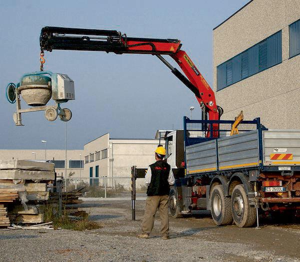 καινούριο γερανοφόρο φορτηγό PALFINGER PK 18500 Perfomance