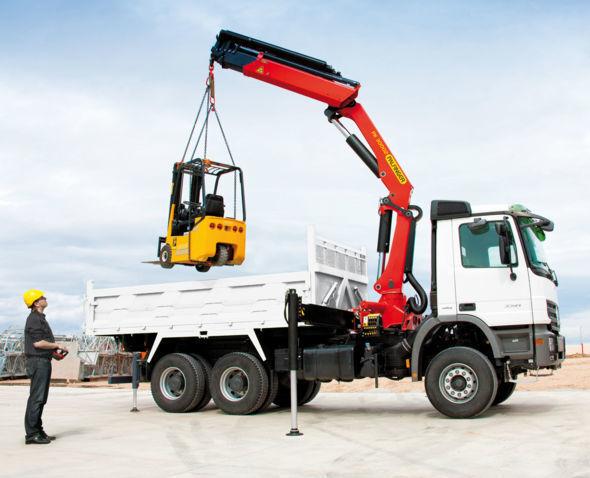 καινούριο γερανοφόρο φορτηγό PALFINGER PK 30002 High Perfomance