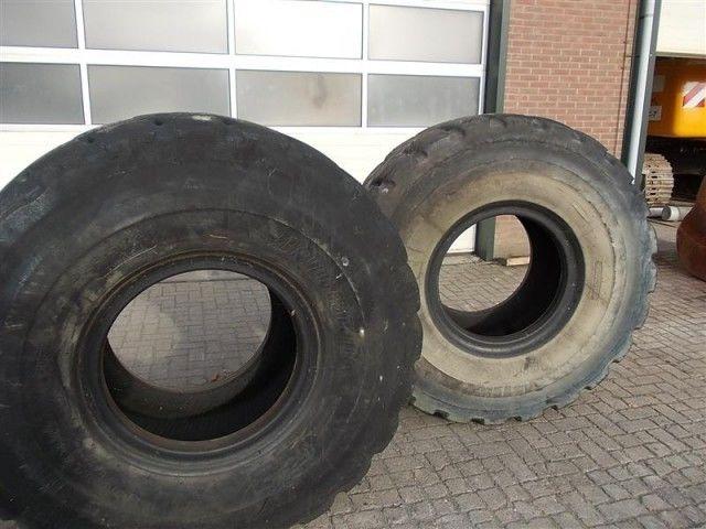 ελαστικό εμπρόσθιου φορτωτή Bridgestone L5 23.50- 25.00