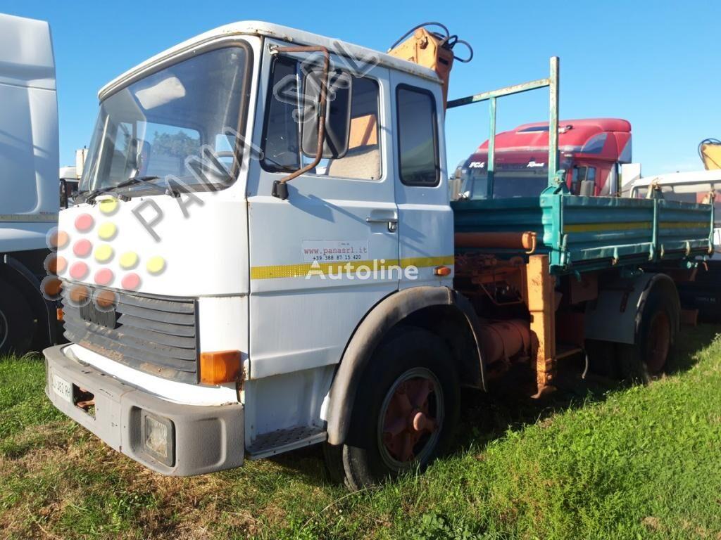 ανατρεπόμενο φορτηγό FIAT 130 NC