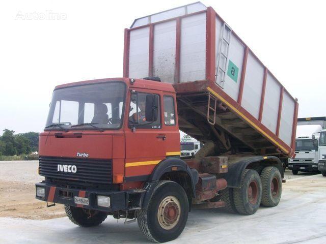 ανατρεπόμενο φορτηγό IVECO 330.30