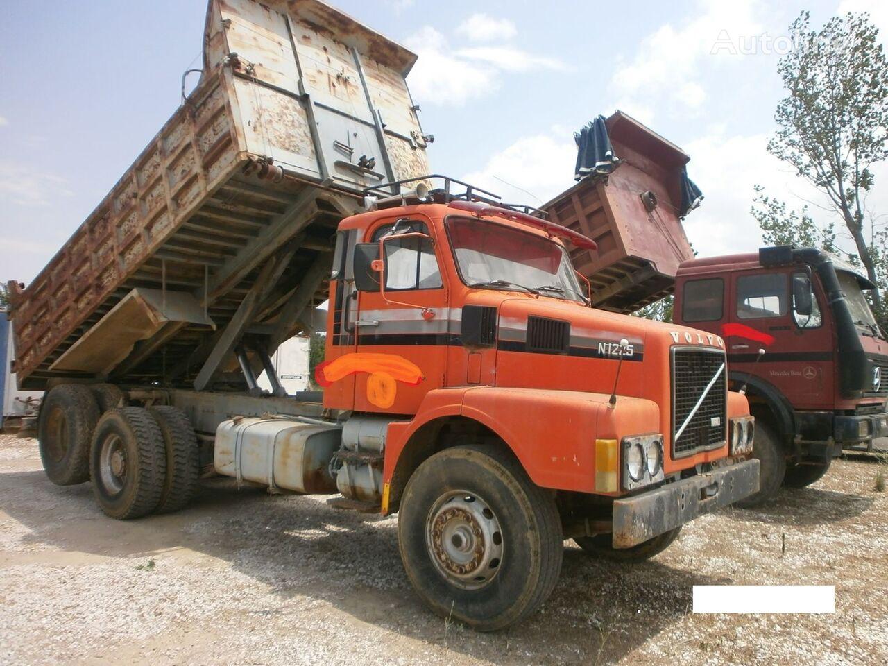 ανατρεπόμενο φορτηγό VOLVO N1225