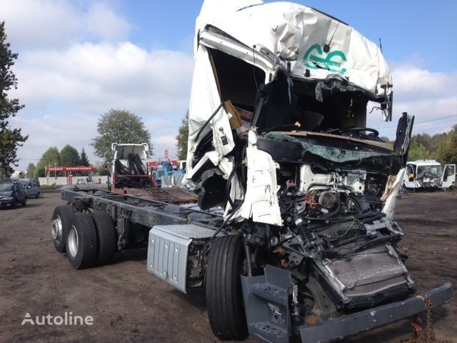φορτηγό σασί MERCEDES-BENZ Actros 2642 μετά απο τρακάρισμα κατά ανταλλακτικό