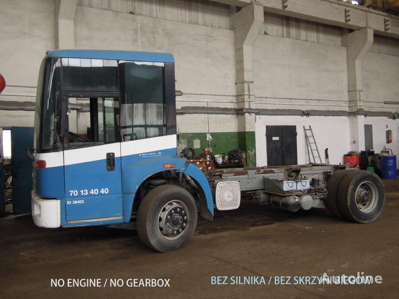 φορτηγό σασί MERCEDES-BENZ Econic 1828