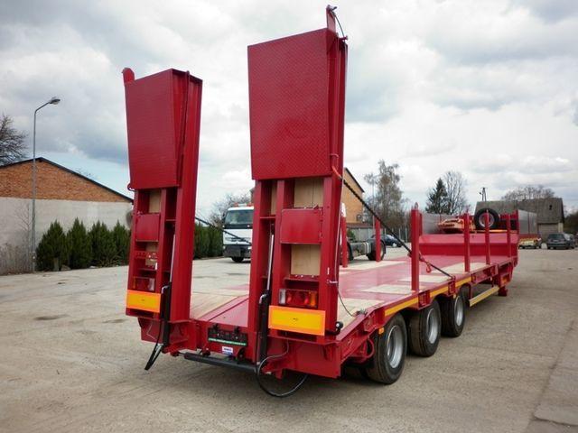 καινούρια ημιρυμουλκούμενη πλατφόρμα με χαμηλό δάπεδο JANMIL  WABCO with ramps 30000 kg