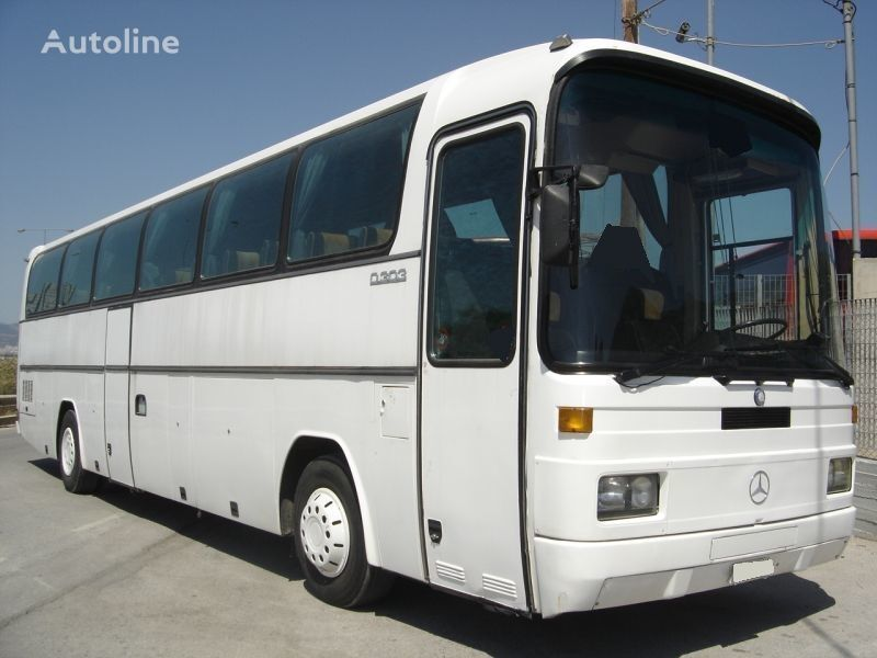 προαστιακό λεωφορείο MERCEDES-BENZ 303 15 RHD 0303