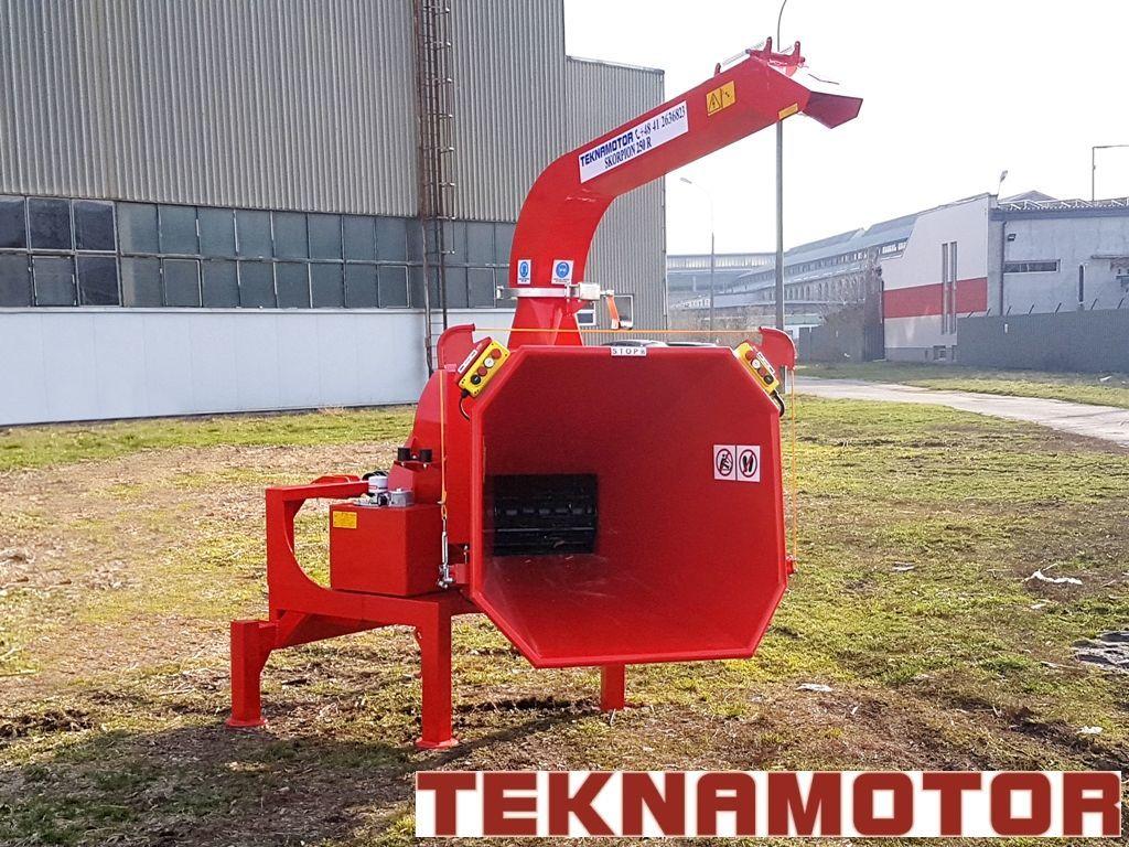 καινούριο τεμαχιστής κλαδιών TEKNAMOTOR Skorpion 250R